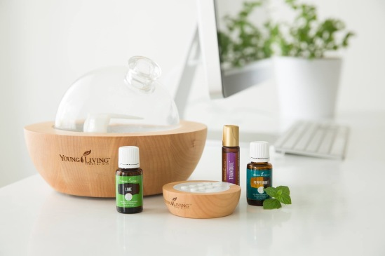 aria  diffuser with essential oils